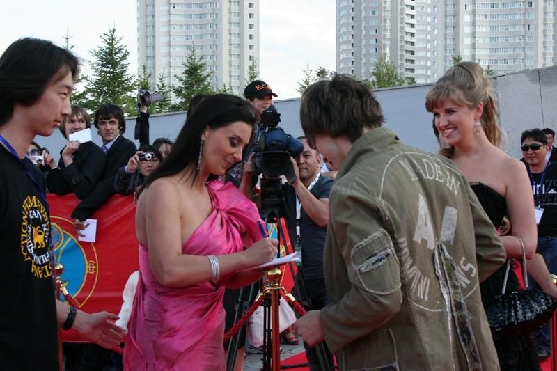 Автограф у Екатерины Стриженовой