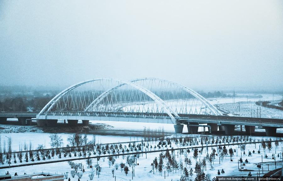 Мост через реку Ишим