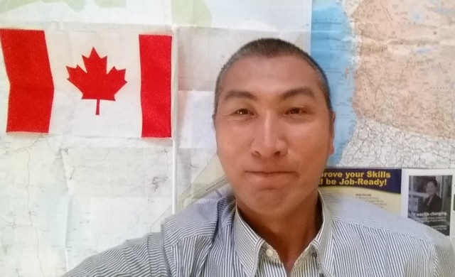 Казахский певец из Канады